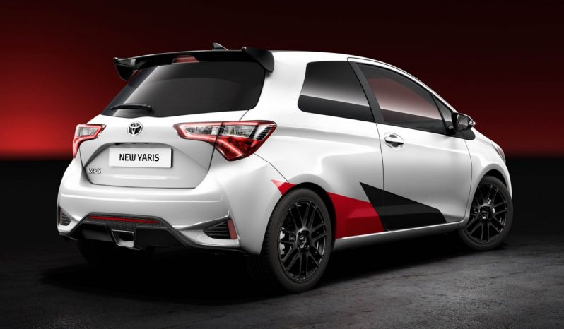 TOYOTA Yaris – 1.4 D-4D 90 Luxe complet